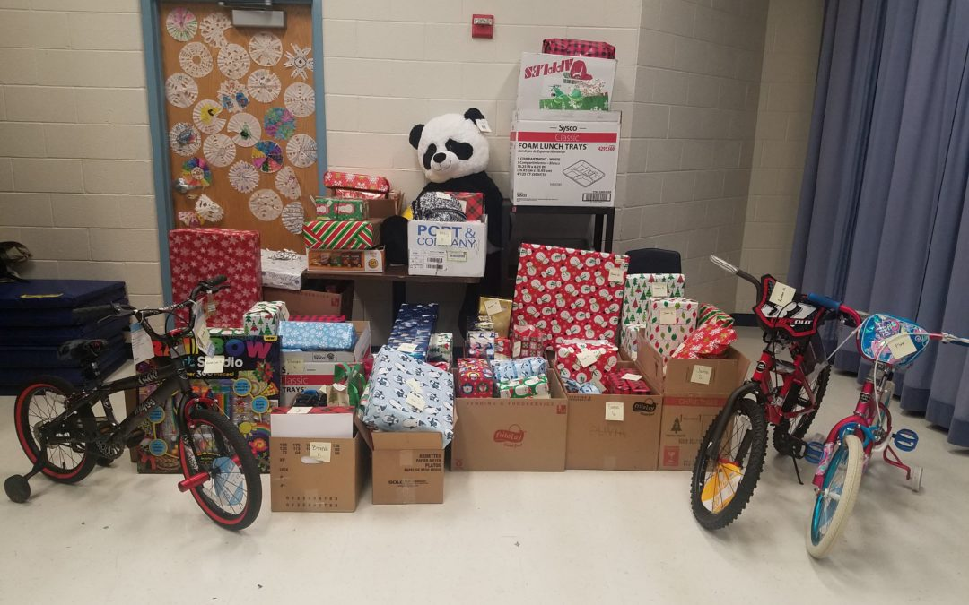 Local Organizations Provide Christmas for 247 Boys & Girls Club Members